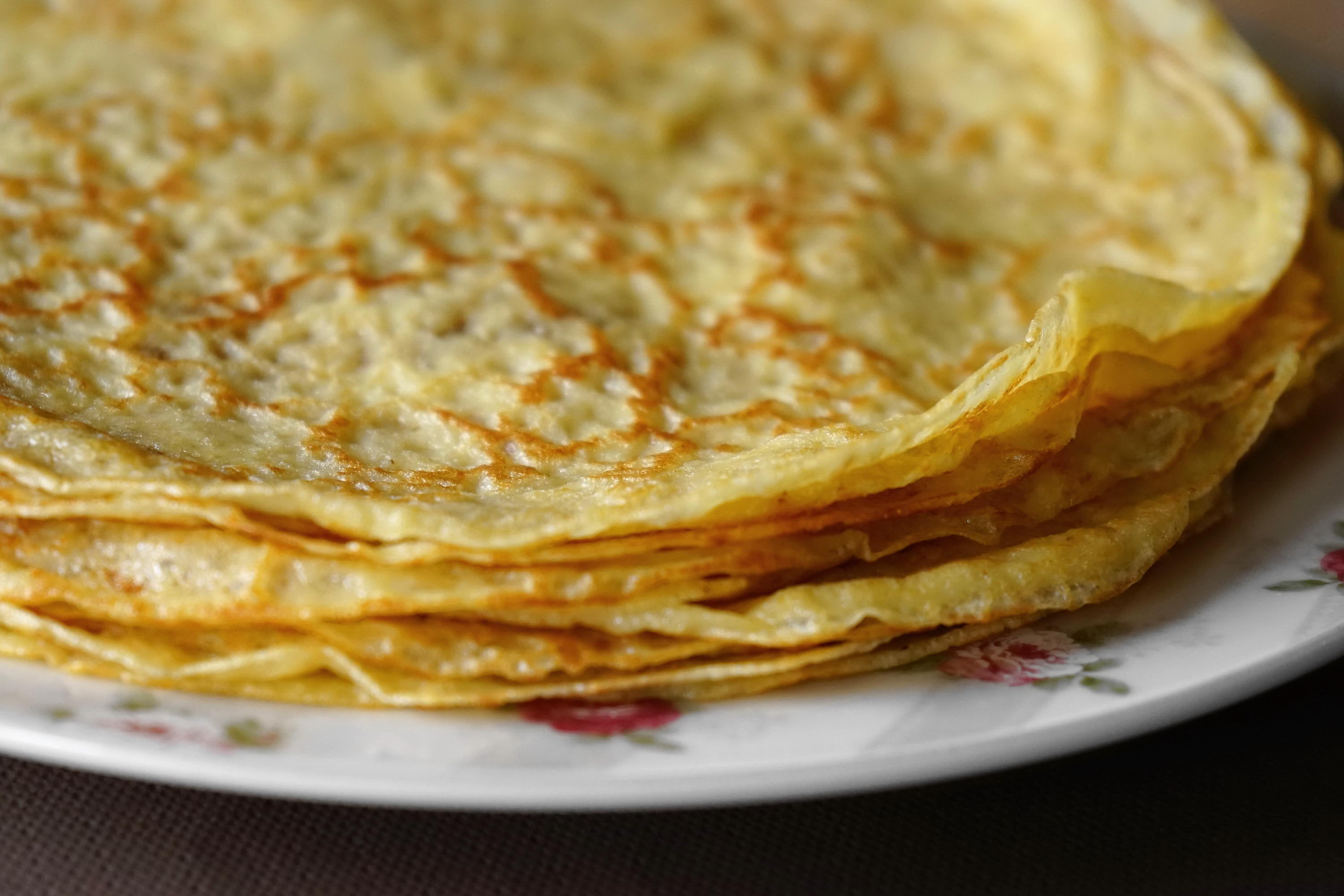 crepes-pile-3000x2000